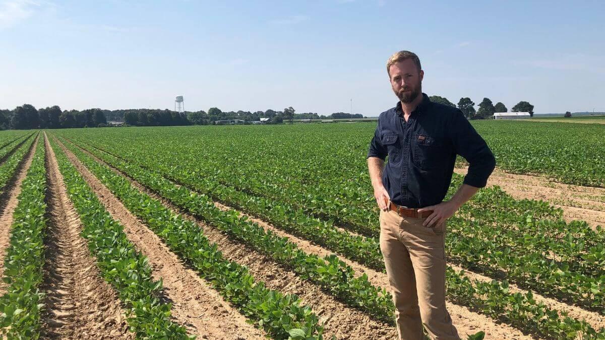AcreTrader, Inc. hires Farm Analyst Ben Maddox