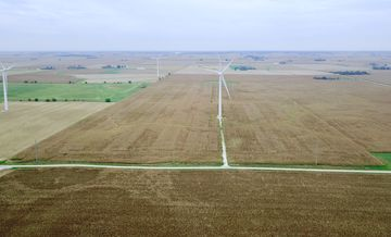 Illinois Row Crop Farm With Wind Turbine thumbnail photo