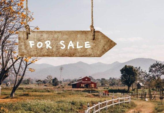 https://media.acretrader.com/news/selling-farm-1.jpg